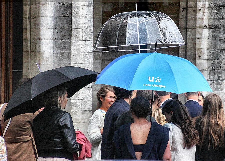 Bruxelles Piata Mare umbrele 1