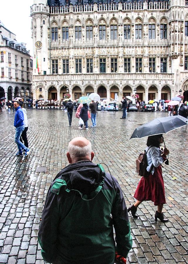 Bruxelles Piata Mare street photo 7