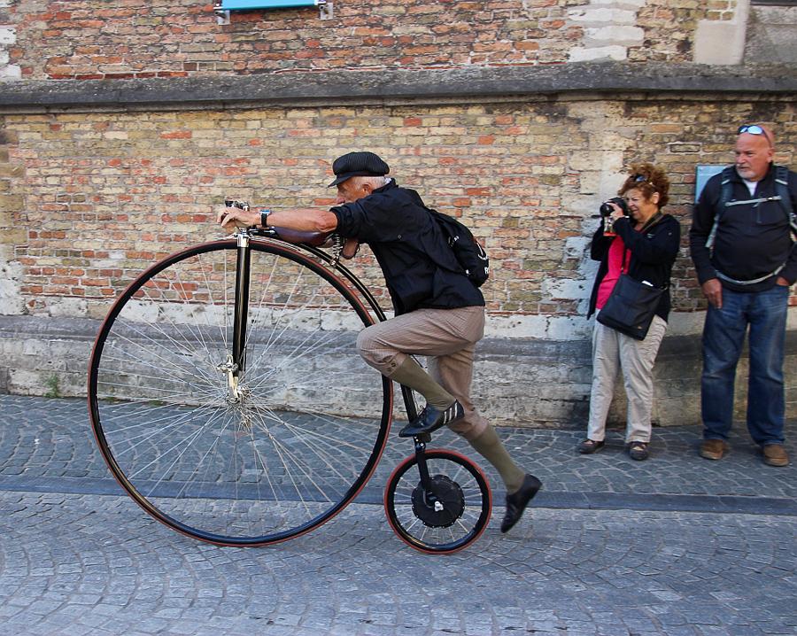 Bruges bicicleta veche