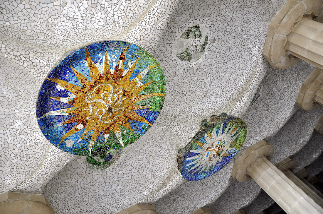 Mozaic pe tavan - Parcul Guell
